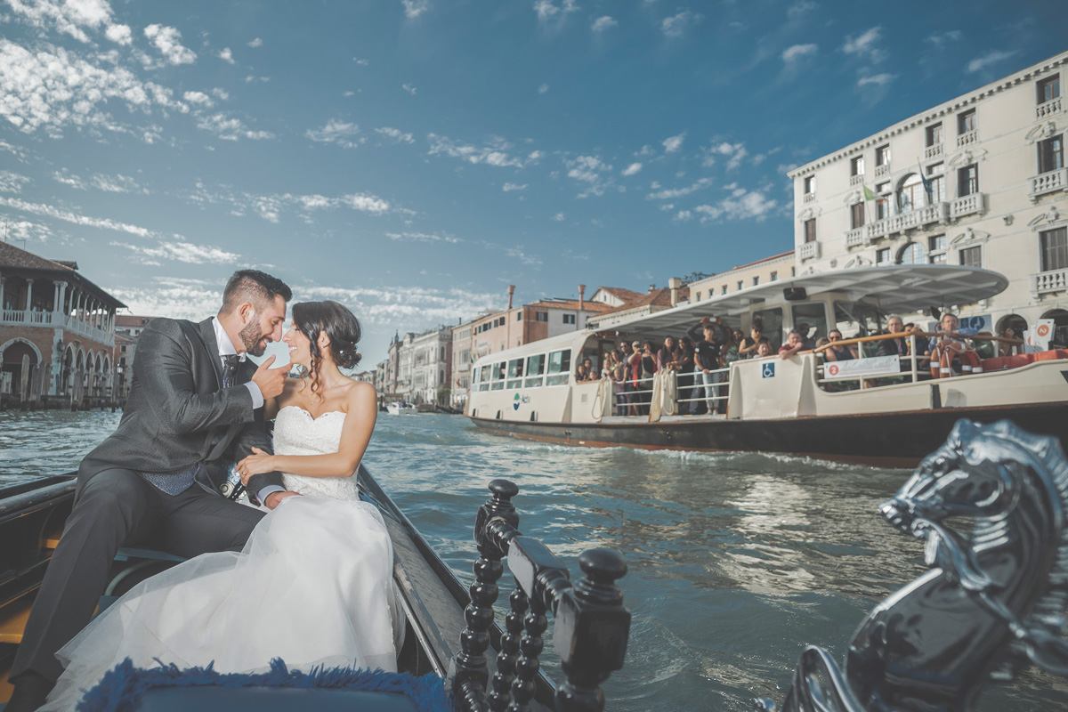 destination wedding photographer venezia